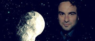NASA nombra asteoride en honor a Johnny Galecki